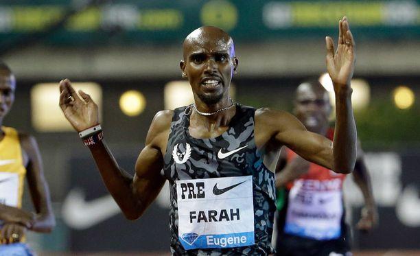 Mo Farahilla ei ole ollut tällä viikolla helppoa.