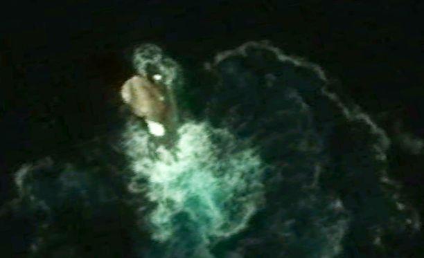 Lähellä etelänapamannerta satelliittikuvassa näkyy jotain outoa.