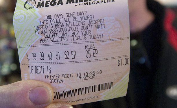 Tältä näyttää amerikkalaisten lottokuponki - Mega Millions. Lotossa arvotaan viisi numeroa ja lisänumero. Arkistokuva.