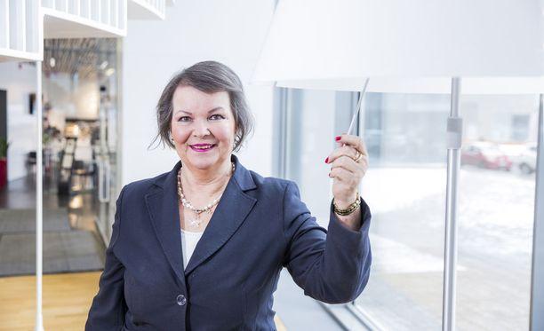 Marja-Leena Haapanen toivoo, että jokainen nainen hallitsisi itse taloutensa.