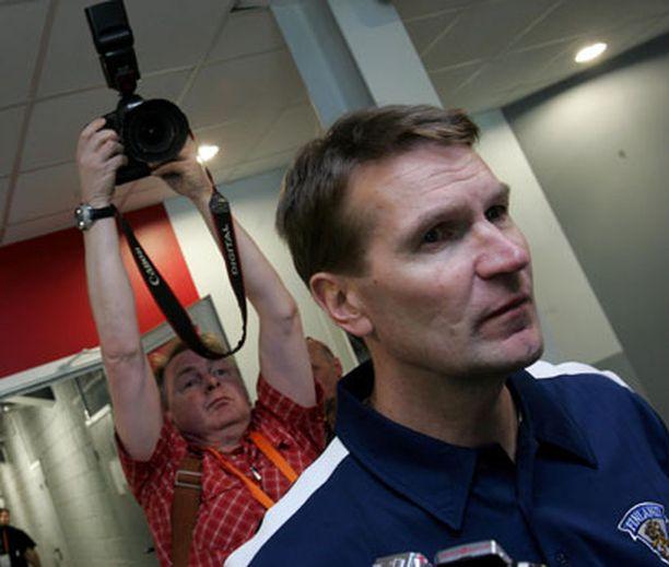 Erkka Westerlund ja Suomen valmennusjohto hiovat vielä ketjukoostumuksia.