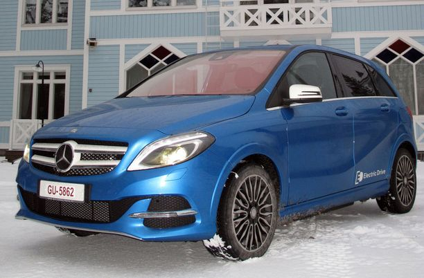 30. Mercedes B-sarjan mallin voi valita myös Natural Gas Drive -versiona.