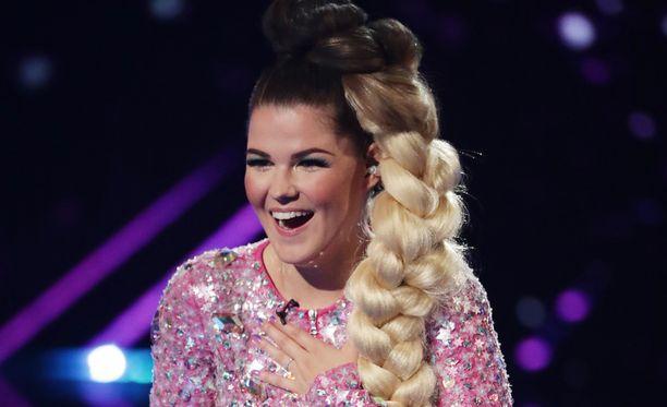 Saara Aalto jatkaa Britannian X Factorissa.