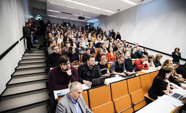 Yliopistojen yleisen työehtosopimuksen uusista ehdoista on perjantaista 16.2. alkaen keskusteltu sovittelija Janne Metsämäen johdolla. Kuvituskuva.