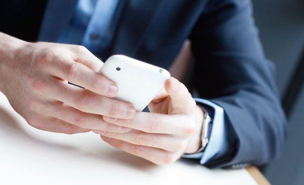 Elisa myöntää ongelmansa 4G-puheluiden kanssa.