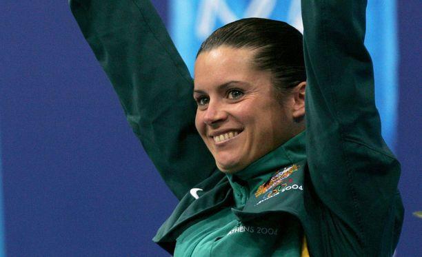 Chantelle Newbery juhli 14 vuotta sitten olympiakultaa Ateenassa. Nyt hän on ui syvemmissä vesissä kuin koskaan aiemmin.