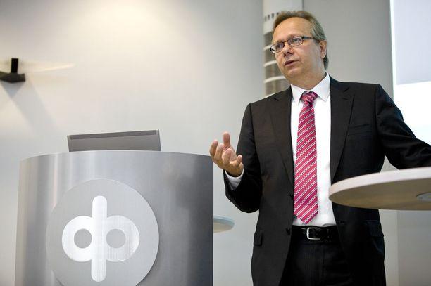 OP nostaa kasvuennustettaan ensi vuodelle. Kuvassa pääekonomisti Reijo Heiskanen.