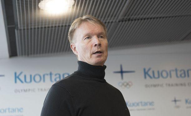 Tapio Korjus toimii Kuortaneen urheiluopiston rehtorina.