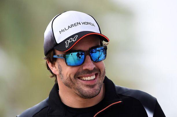 Fernando Alonsolla ei ollut juurikaan aiheta hymyyn 2015.