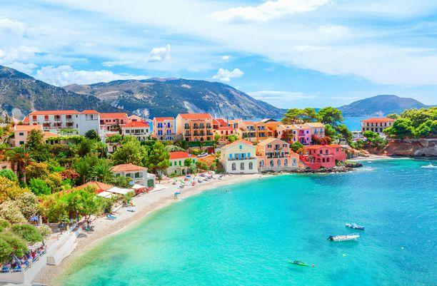 Kreikkaan pääsee keväällä jopa alle 300 eurolla.