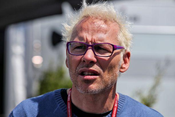 Jacques Villeneuve (kuvassa) kertoi näkemyksensä Esteban Oconista.
