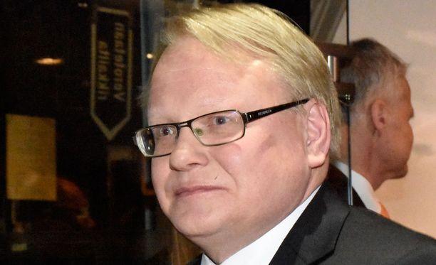 Ruotsin puolustusministeri Peter Hullqvistin mukaan maan Nato-jäsenyyttä kannattavat etenkin porvaripuolueet.