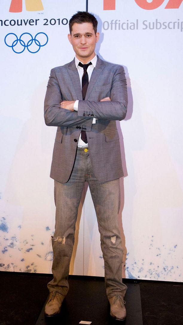 Laulaja Michael Buble herätti värinää siloposkisella olemuksellaan vuonna 2010.