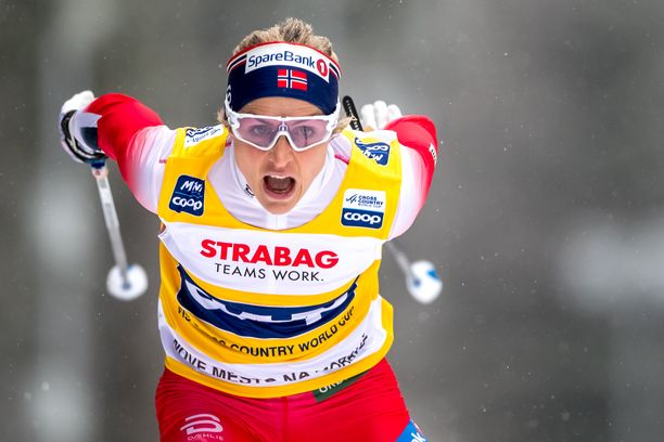Therese Johaug oli ykkönen Nove Meston kilpailuissa.