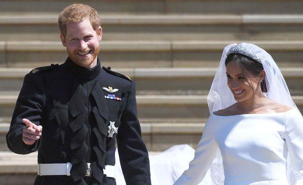 Sydänten prinssi sai prinsessansa, kirjoittaa Elina Kirssi.