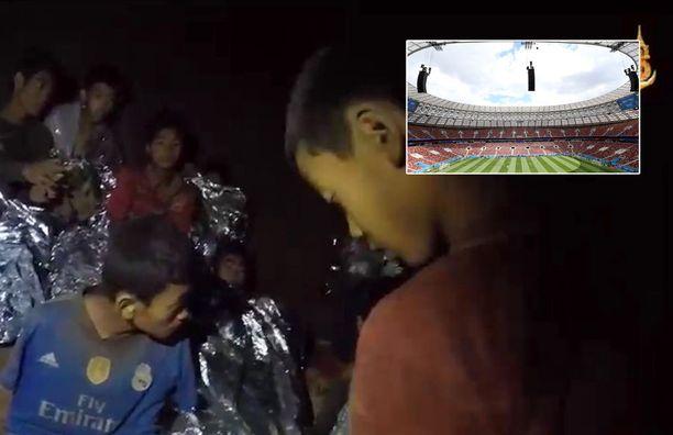 Kansainvälisen jalkapalloliiton johto ilmoitti seuranneensa Thaimaan tapahtumia kesäkuun 23. päivästä lähtien.