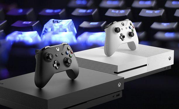 Xboxia voi pelata pian hiirellä ja näppäimistöllä. Kuvituskuva.