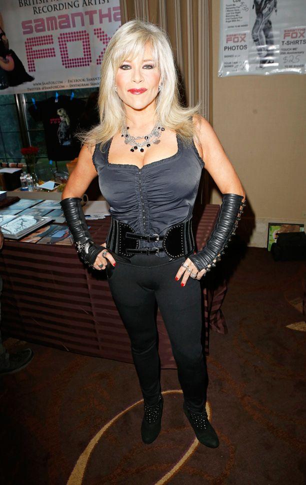 """Samantha Fox tunnetaan kappaleestaan """"Touch Me""""."""