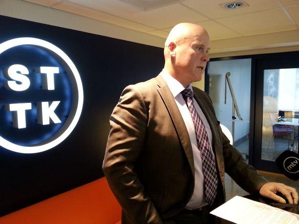 STTK ei sulata eläkeputken poistoa. Kuvassa puheenjohtaja Antti Palola.
