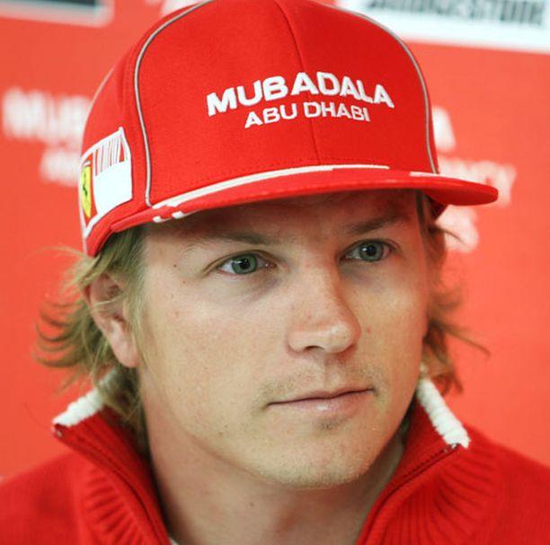MIKÄ TALLI? Kimi Räikkösen ensi kauden työnantaja ei välttämättä ole enää Ferrari.