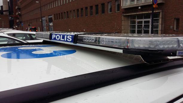 Poliisi tutkii henkirikoksen yritystä Hämeenlinnassa.