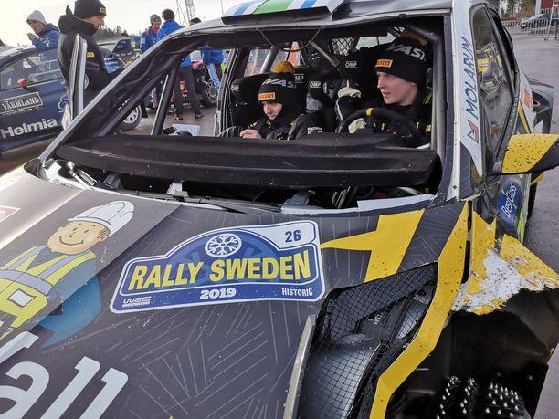 Eerik Pietarinen ja Juhana Raitanen saivat kirjaimellisesti kylmää kyytiä.