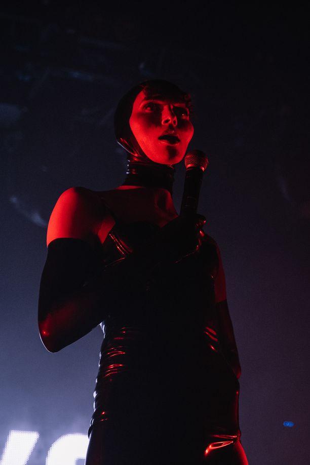 Sophie työskenteli urallaan muun muassa Madonnan ja Charlie XCX:n kanssa.