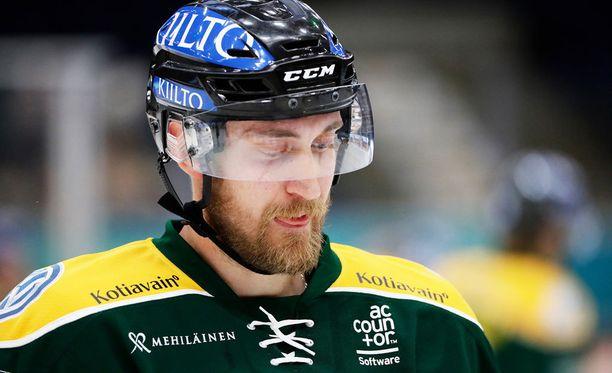 Sami Sandell johti Ilveksen voittoon HIFK:sta.