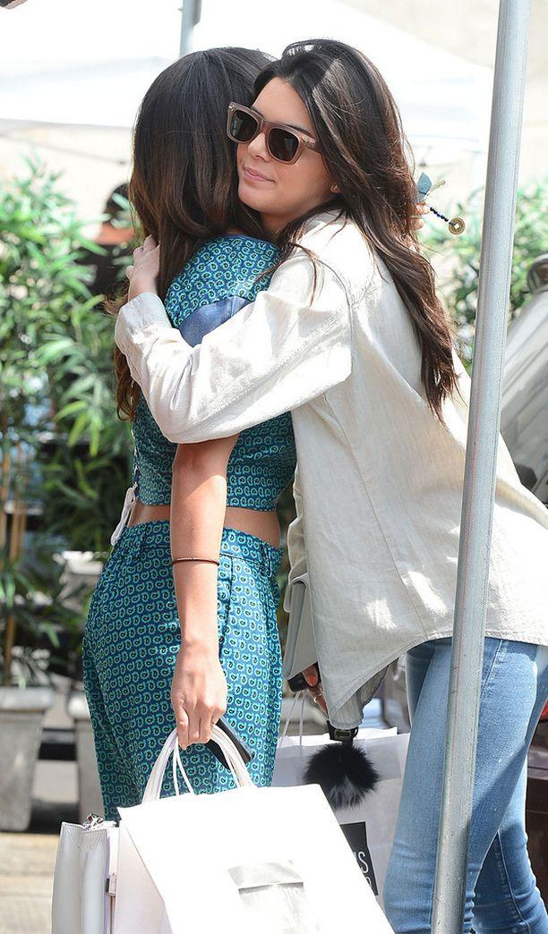 Kendall ja Selena olivat hyviä ystäviä.