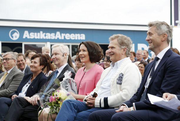 Rouva Jenni Haukio avasi Porin asuntomessut perjantaina. Mukana oli myös puoliso, tasavallan presidentti Sauli Niinistö.