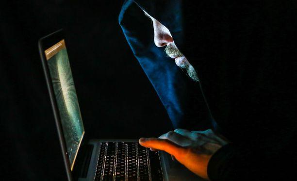 Espanjan poliisi on pidättänyt venäläishakkeri Pjotr Levashovin epäiltynä osallisuudesta Yhdysvaltain presidentinvaaleihin kohdistettuun hakkerointihyökkäykseen. Kuvituskuva.
