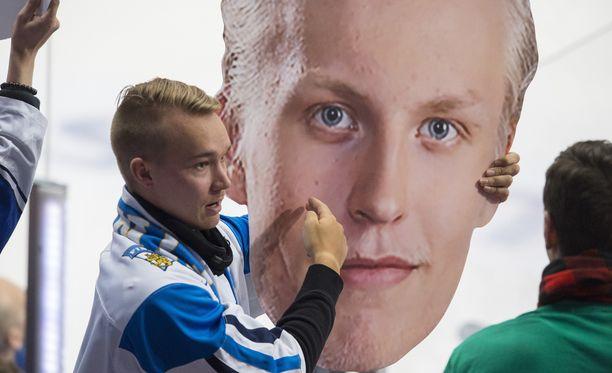 Epätodelliseksi kehuttu Patrik Laine ei ollut eilen Espoossa.