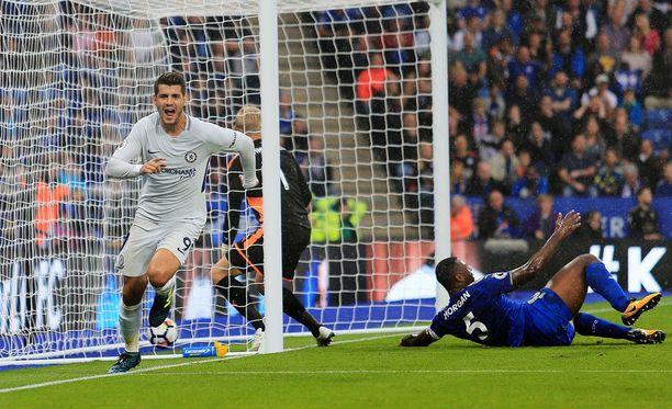 Alvaro Morata avasi Chelsean maalihanat ensimmäisen puoliajan lopulla.