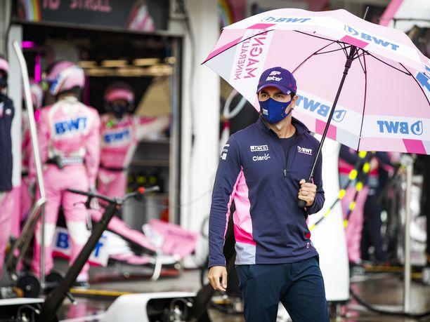 Racing Pointin Sergio Pérez on aloittanut kauden erittäin mallikkaasti.