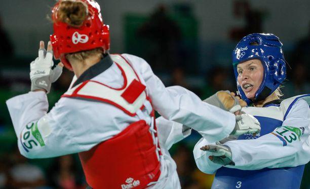 Nikita Glasnovic voitti Suvi Mikkosen erikoisella tavalla.