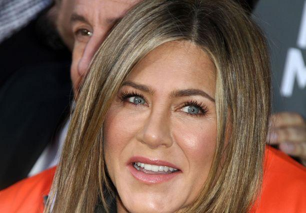 Jennifer Aniston tunnetaan esimerkiksi Frendien Rachelina.