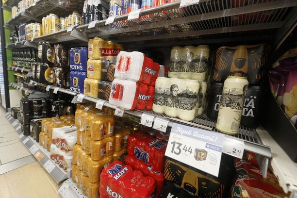 Oluen hinta voi nousta viimeistään ensi vuonna. Syynä on kuivuuden takia huonoksi jäävä mallasohrasato.
