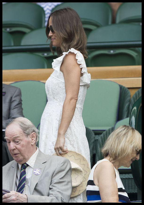 Pippa Middleton ja hänen aviomiehensä James Matthews odottavat esikoistaan.