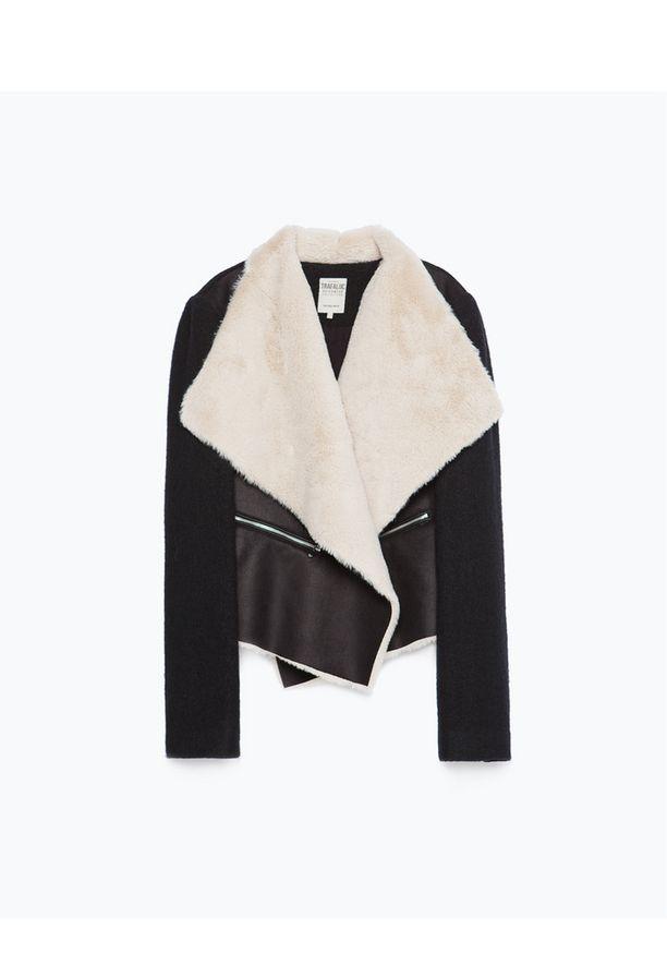 Zara tarjoaa lukuisia feikkivaihtoehtoja trendistä. Musta takki on tyylikkäimmästä päästä, 59,99 e