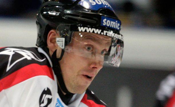 Markku Tähtinen sai lähtöpassit Kazakstanista.