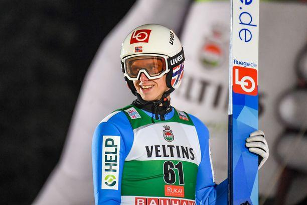 Norjan Halvor Egner Granerud voitti Rukalla sunnuntaina.
