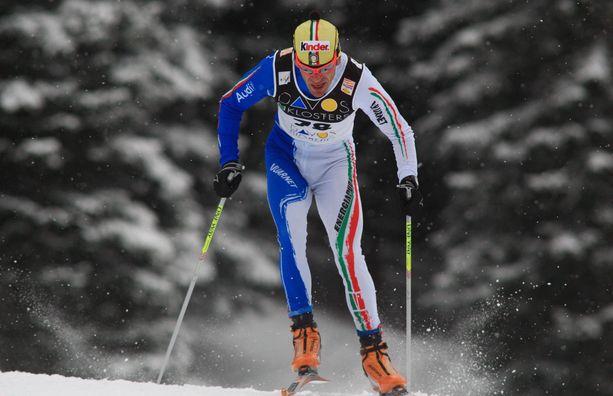 Kuka keltapipoinen hiihtäjä?