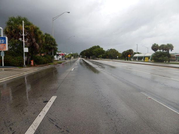 Miamissa tiet ovat hiljenneet ennen hurrikaania.
