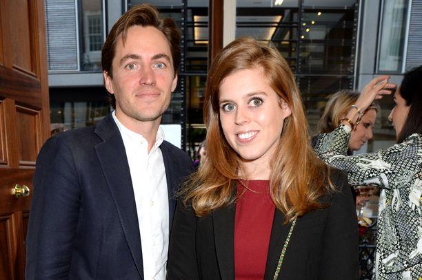 Edoardo Mapelli Mozzi ja prinsessa Beatrice kertoivat kihlauksestaan syksyllä 2019. Kuva kesältä.