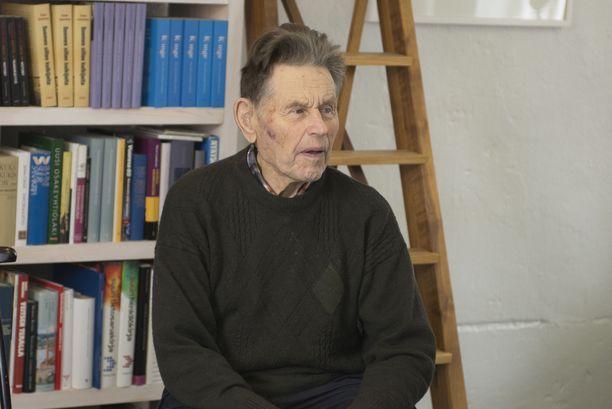 Pentti Linkolan elämänkerta julkaistiin vuonna 2017. Kuva julkaisutilaisuudesta.