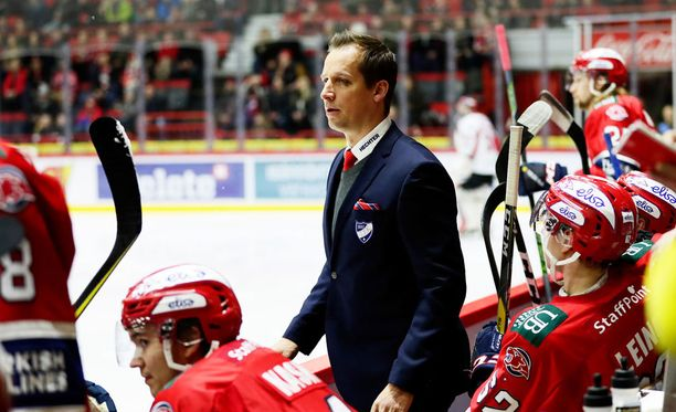 Urheilulehden mukaan Antti Törmäsen asema IFK:n päävalmentajana on horjunut.