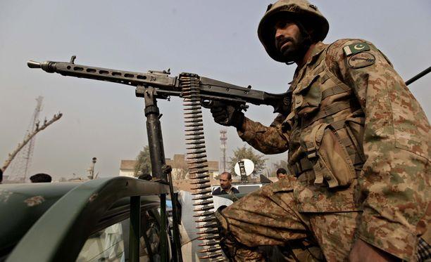Pakistanin armeijan kenraali uhoaa, että kouluisku antoi armeijalle uutta voimaa tuhota kapinalliset viimeiseen mieheen.