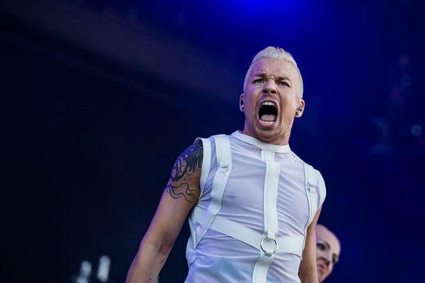 Antti Tuisku esiintyi Turussa Ruisrock-festivaaleilla perjantaina.