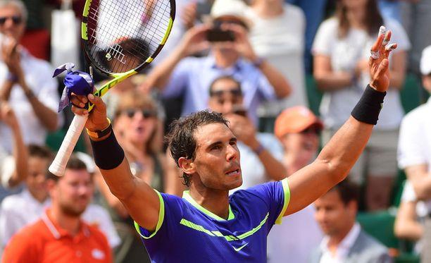 Rafael Nadal aloitti Ranskan avoimet vakuuttavasti.
