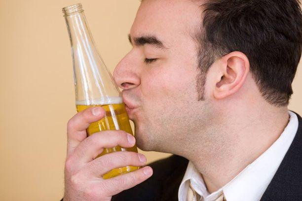 Mieto olut on terveyden kannalta parempi vaihtoehto kuin vahva.
